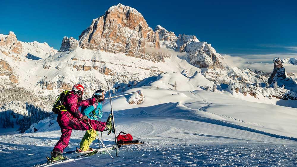 Divertimento sugli sci nel comprensorio Lagazuoi 5 Torri
